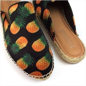 Rampage Pineapple Flats Espadrilles Size 7.5